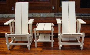 White patio chairs and table by Sandie Mackie of Jardinique