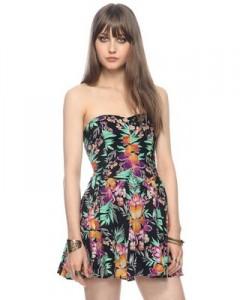 Forever 21 Island Sweetheart Dress, $22.90