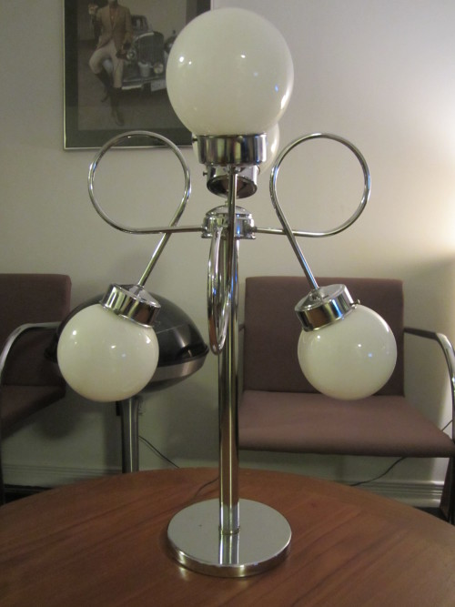 Retro light from Fair Judy's Antiques and Curiosities at Leslieville Flea