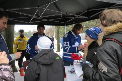 Curtis Joseph signs autographs for Leafs' fans at Greenwood Park