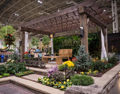 Garden Builder Creative Garden Design at Canada Blooms, photo JulesDesign.ca
