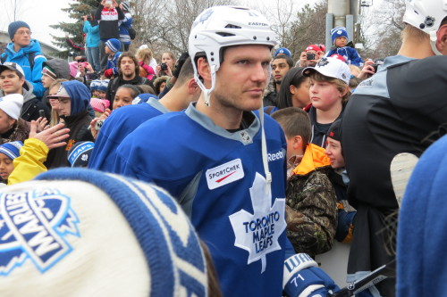 Toronto Maple Leafs' David Clarkson leaves Leafs' practice
