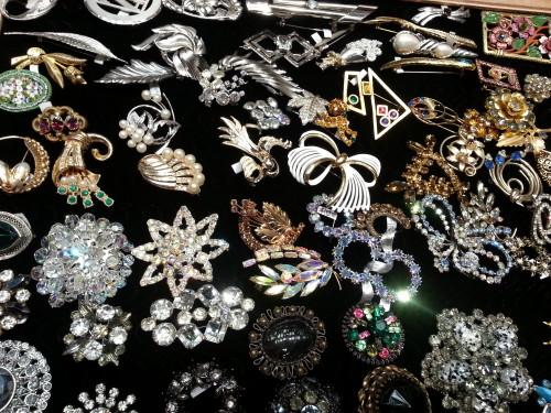 Jewelry at the Toronto Vintage Clothing Show, photo Sharilene Rowland