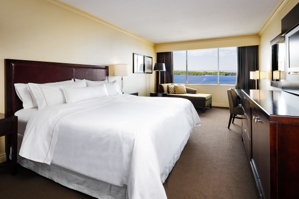 Westin Harbour Castle King Room with Lake View