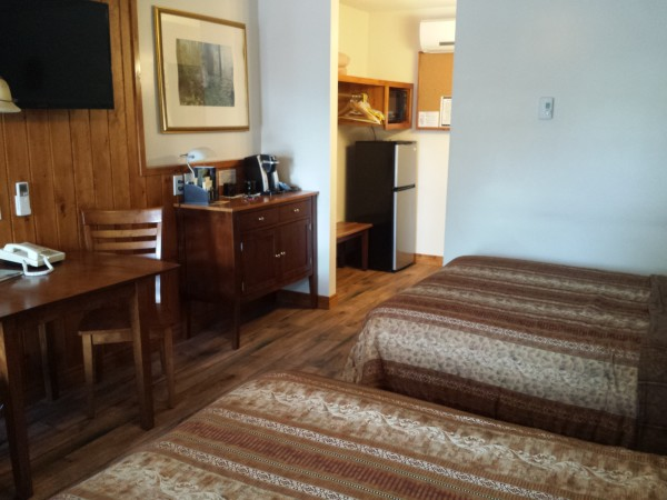 Double room at Forest Motel, Stratford