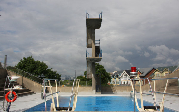 Diving pool with 5 and 10 metre diving platforms at Donald D. Summerville Olympic Outdoor Pool
