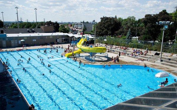 Giovanni Caboto Outdoor Swimming Pool
