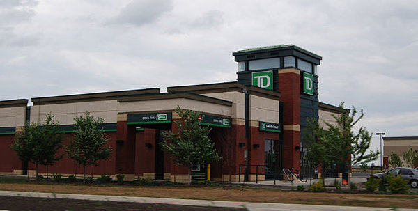 TD Bank, photo by Myke2020 - Own work, Public Domain, https://commons.wikimedia.org/w/index.php?curid=7260951