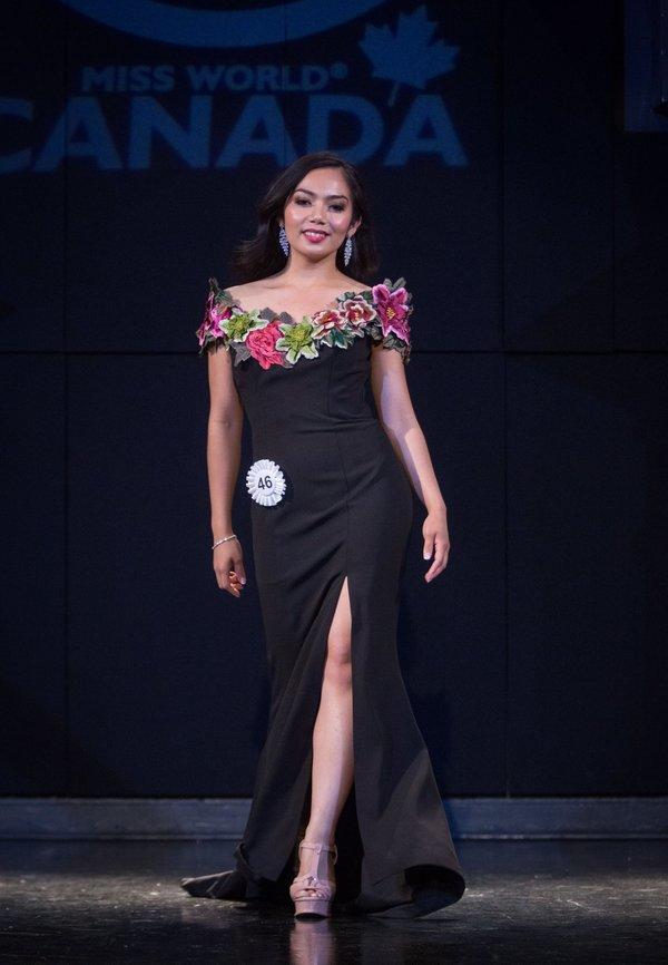 Glare Balaoing at Miss World Canada 2017