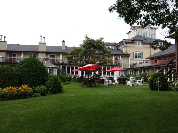 The Fountain Court Patio at The Briars
