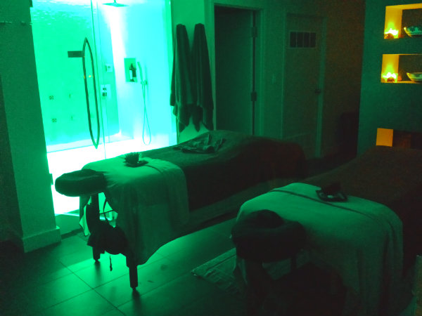 Having a Couples Massage at Novo Spa is one of the popular Valentine's Day events in Toronto