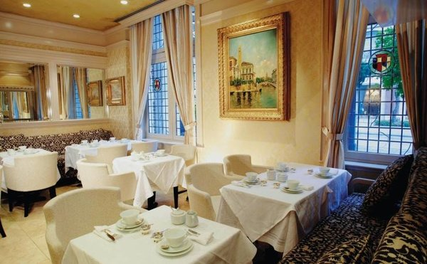 Mother's Day Brunch at Windsor Arms Hotel, Toronto