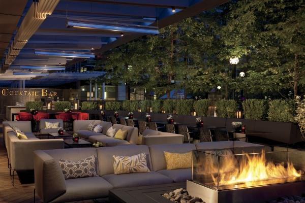 DEQ Terrace at The Ritz-Carlton, Toronto