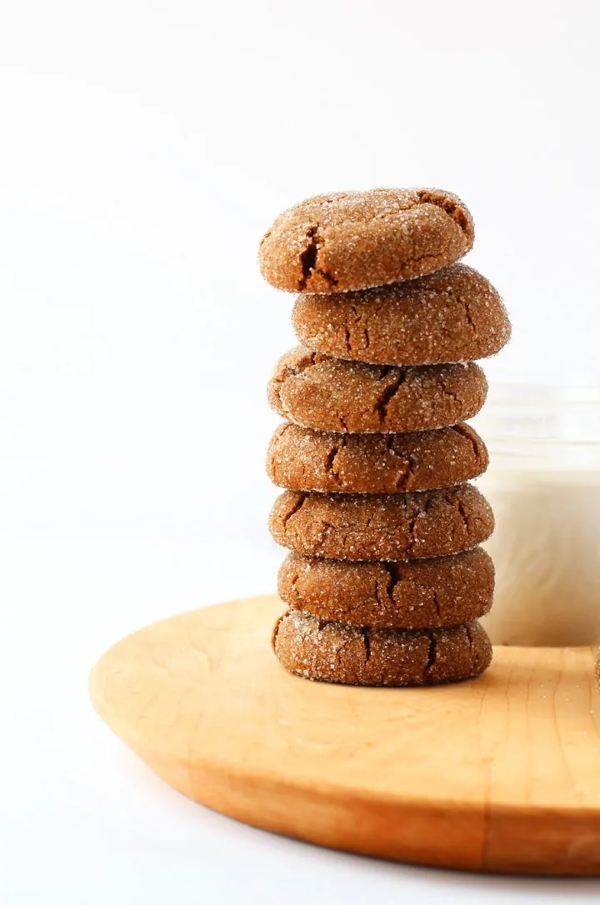 Ginger Molasses Cookies are one of the most popular vegan holiday cookies by mydarlingvegan.com