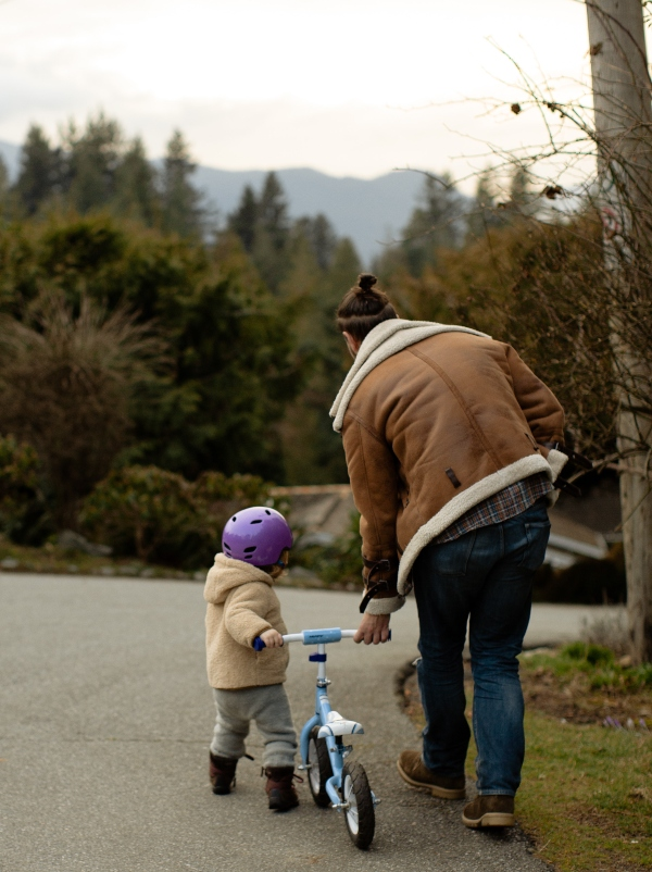 Get outdoors during the pandemic with a family bike ride, photo by Tatiana Syrikova from Pexels
