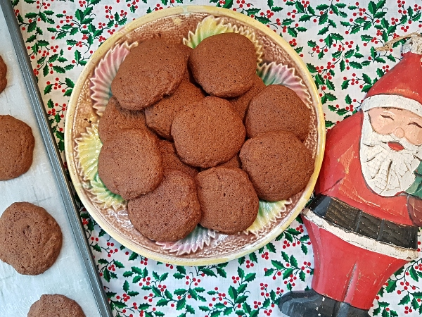 Ginger Molasses Cookies are a Christmas tradition.