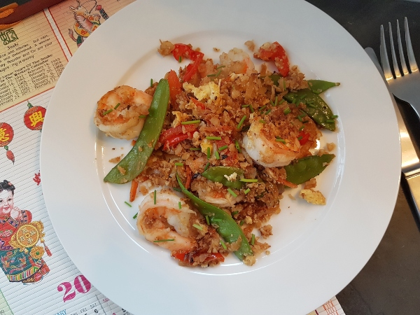 It's easy to make Fried Shrimp Cauliflower Rice at home.