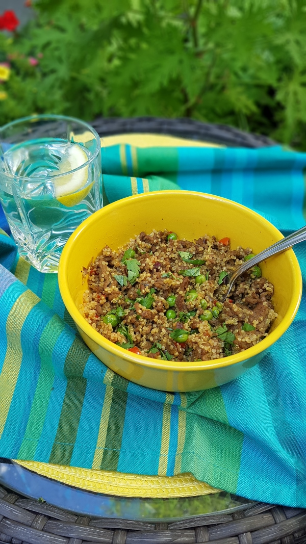 Indonesian Fried Beef with Quinoa, Red Pepper and Green Peas can be made Keto friendly.