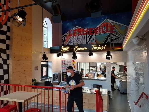 Dave's Hot Chicken Leslieville opens officially on October 1, 2021.